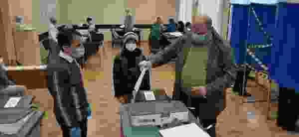 В Курске проголосовал первый заместитель губернатора Алексей Смирнов